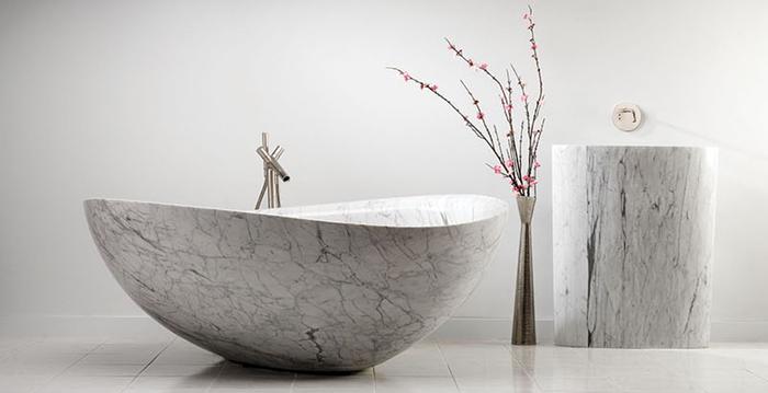 8 потрясающих примеров ванн, изготовленных из натурального камня