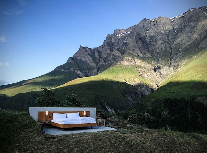 0-звездочный отель Null Stern Hotel предлагает ночь под открытым небом в швейцарских Альпах