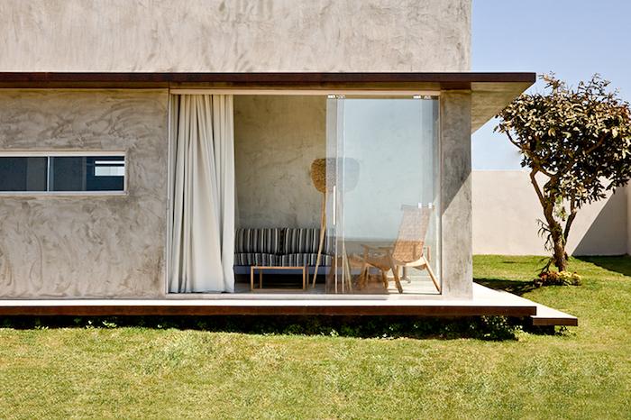 Маленький стильный дом от 1:1 architetura:design