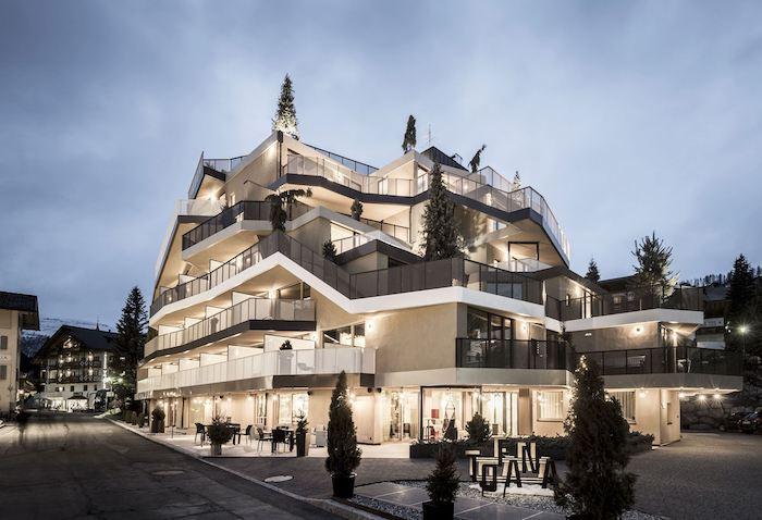 Отель Tofana: дизайн от студии noa*