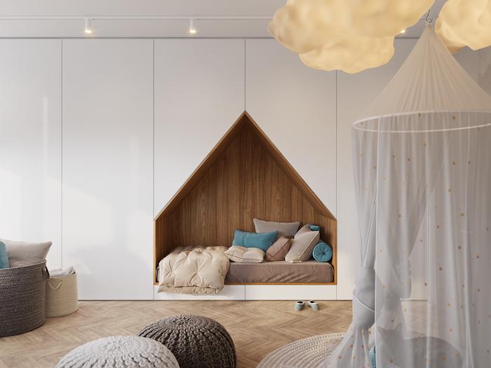 Детская кровать в стене: дизайнер Алеся Касьяненко