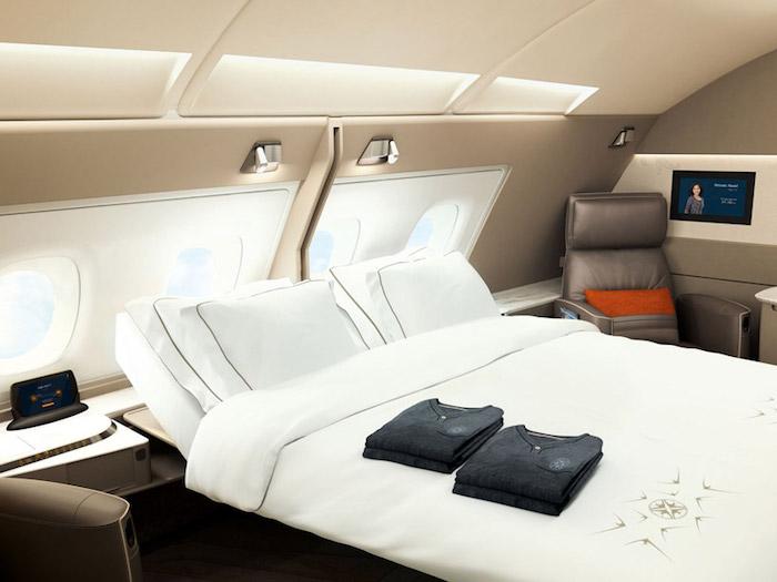 """Сингапурские Авиалинии представили """"апартаменты"""" с двуспальными кроватями"""