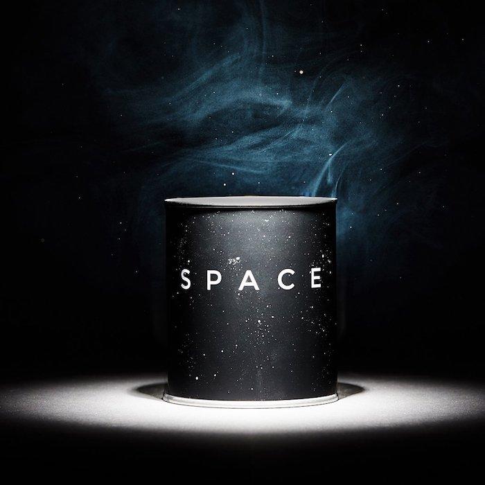 Необычные ароматические свечи: 4 самых неожиданных запаха